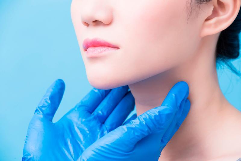 que glandula produce el hipotiroidismo