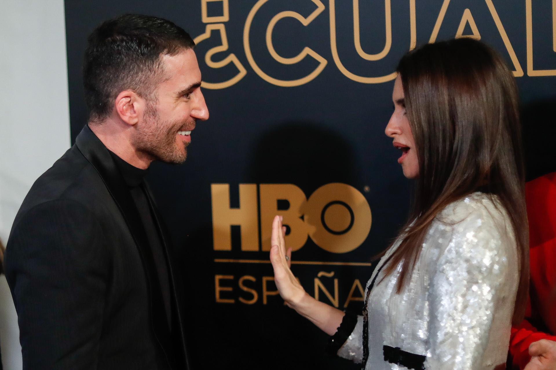 """Miguel Ángel Silvestre y su """"subidón"""" al abrazar a Penélope Cruz: """"¡Es tan bonita!"""""""