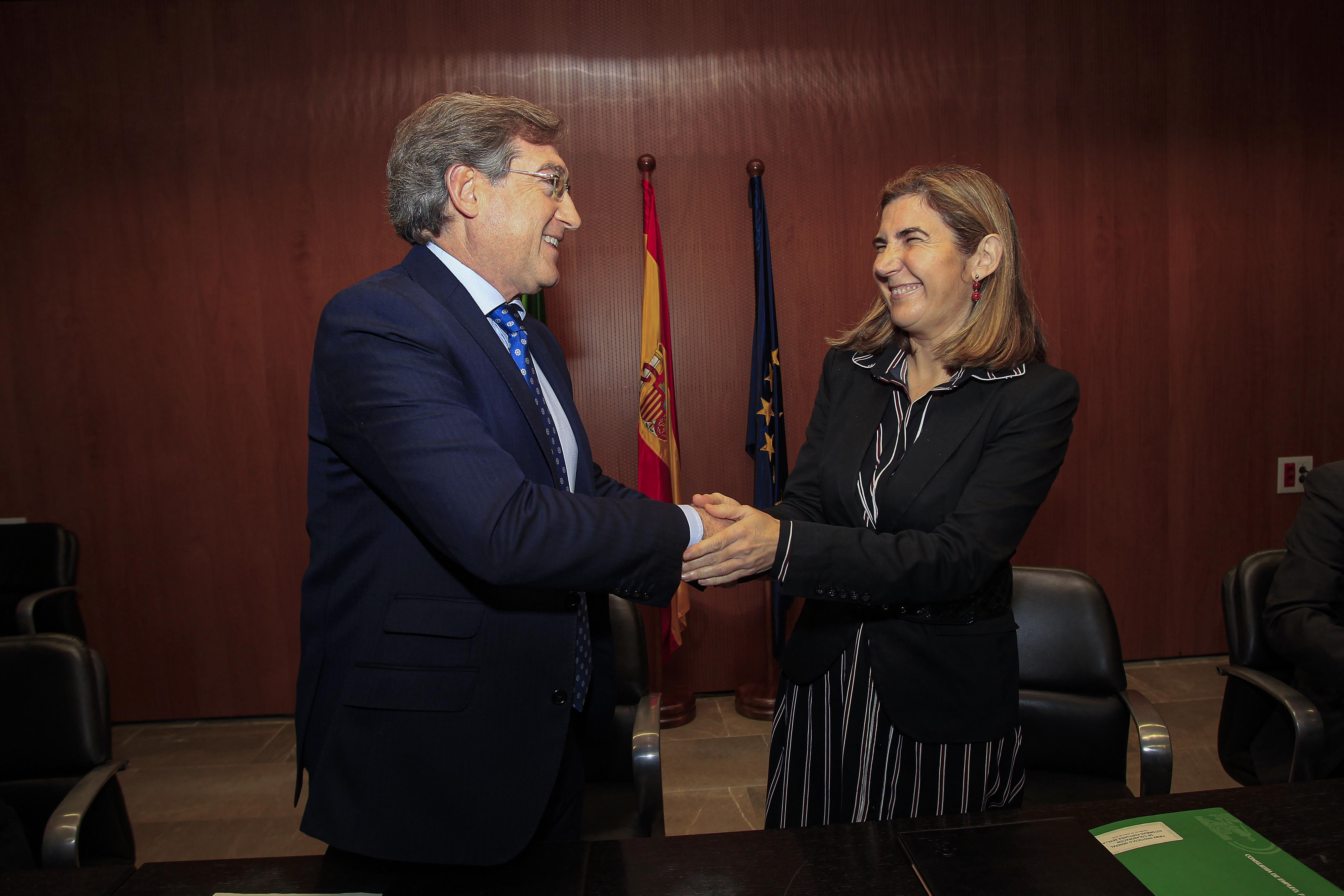 El Puerto de Sevilla colaborará con el SAE para fomentar el empleo ante la llegada de nuevas empresas