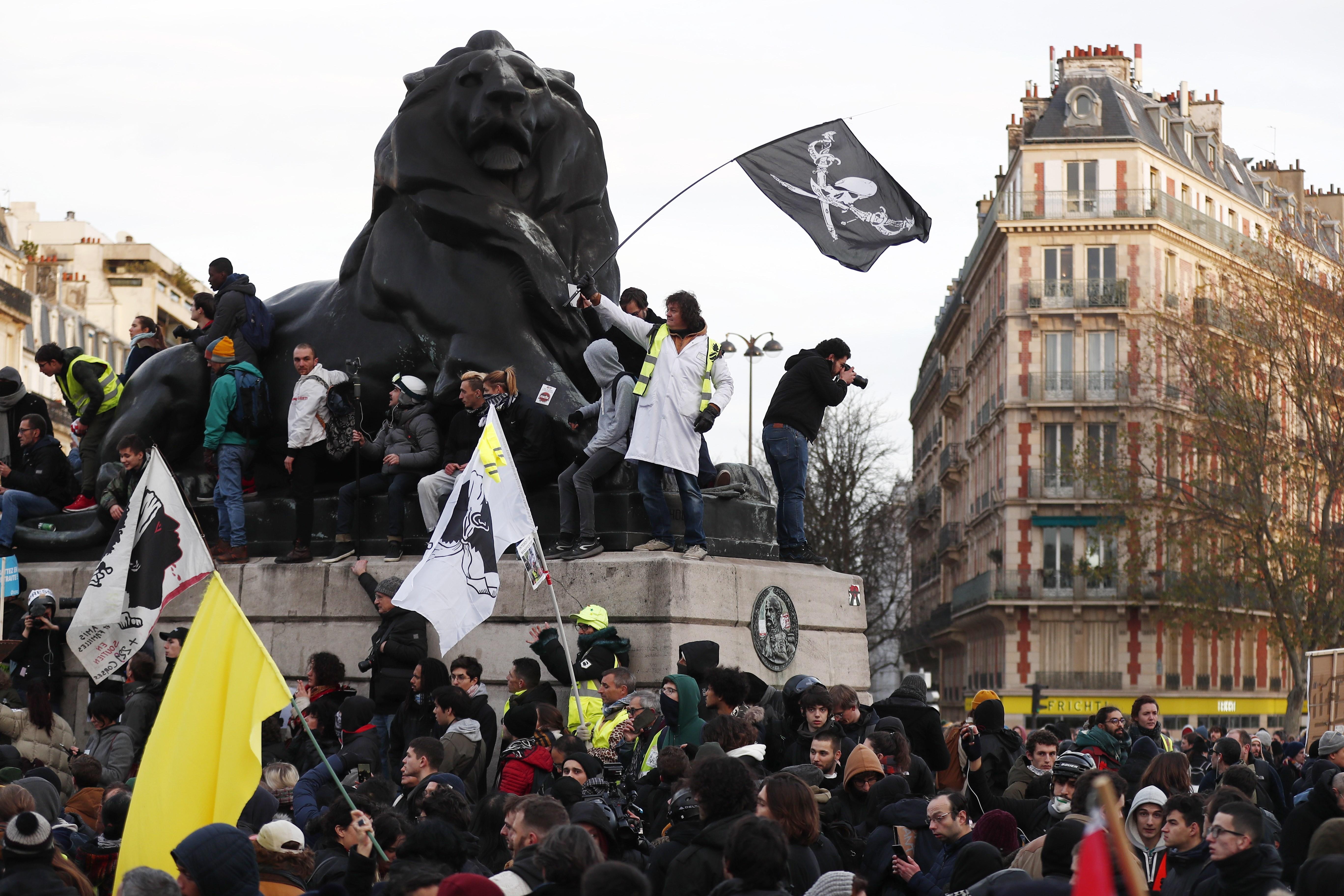 La movilización contra Macron se desinfla