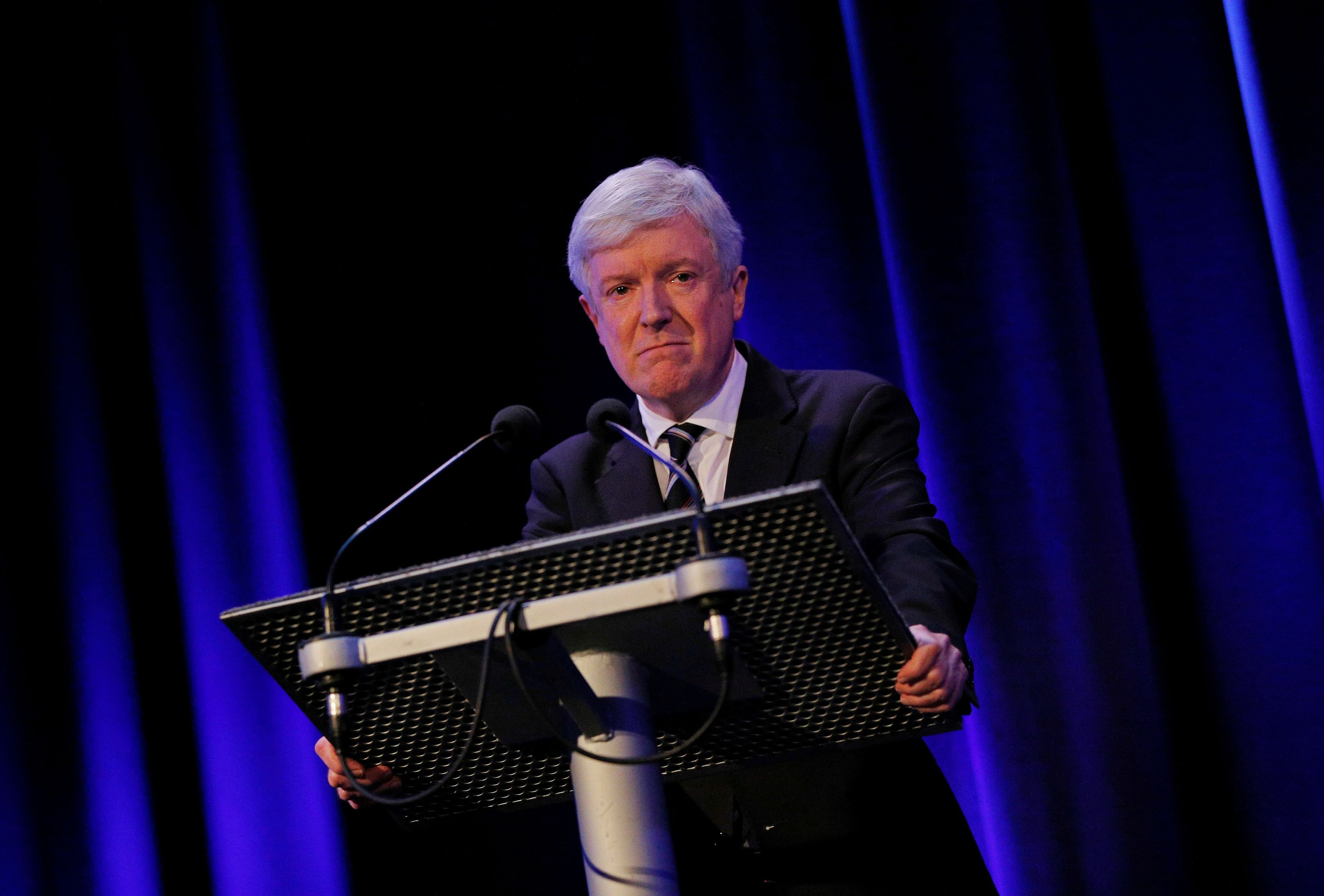 El director de la BBC renuncia ante las presiones de Boris Johnson