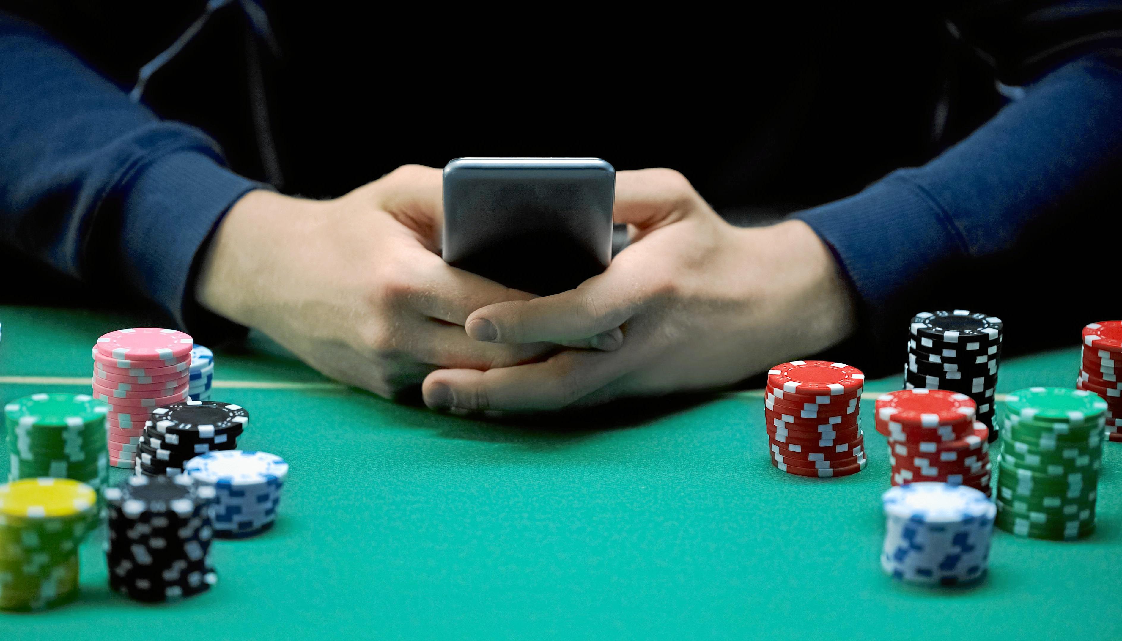 Según la OMS, la adicción al juego puede ser tan dañiña como la del alcohol
