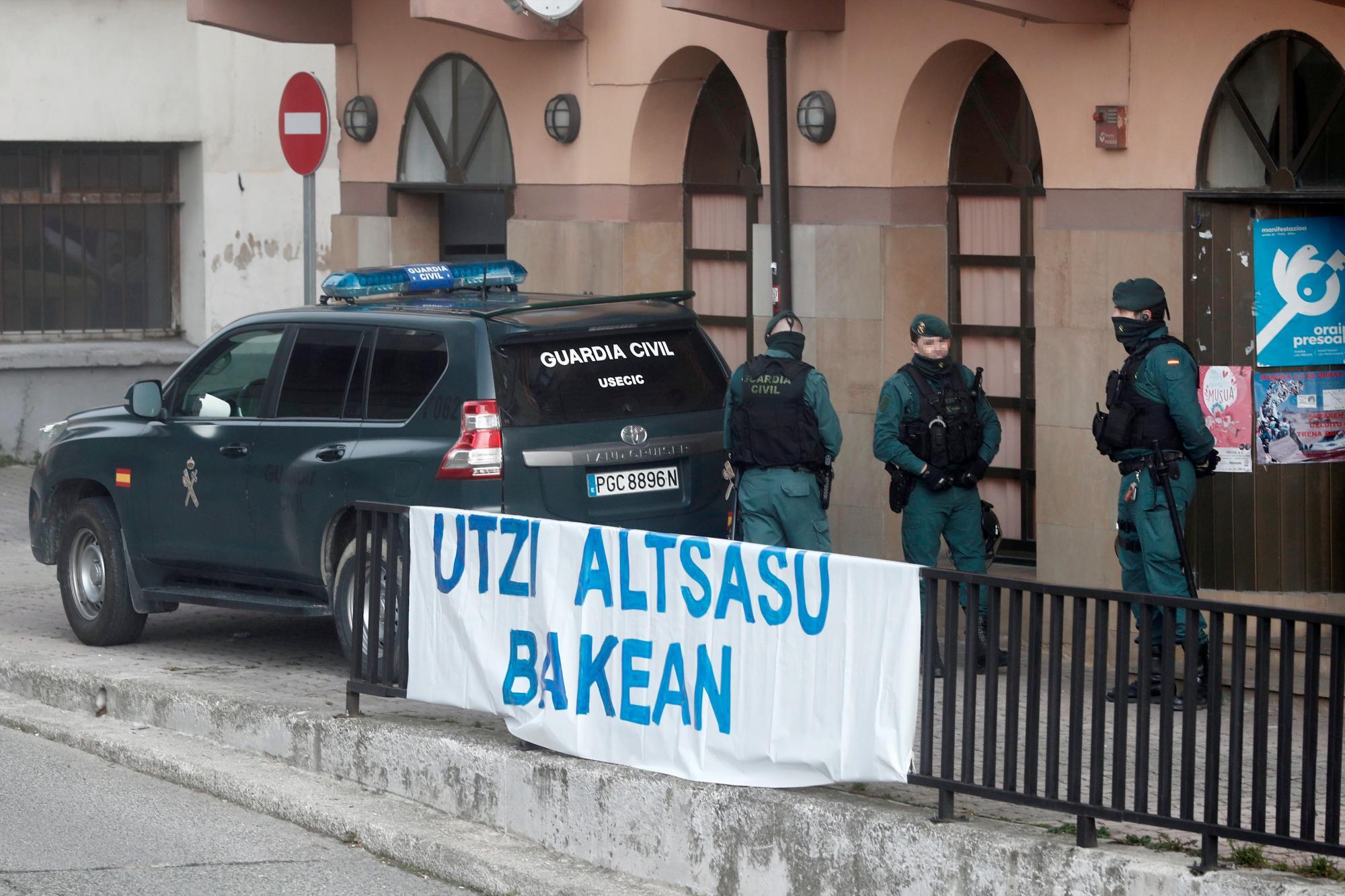 La Guardia Civil en la localidad navarra de Alsasua