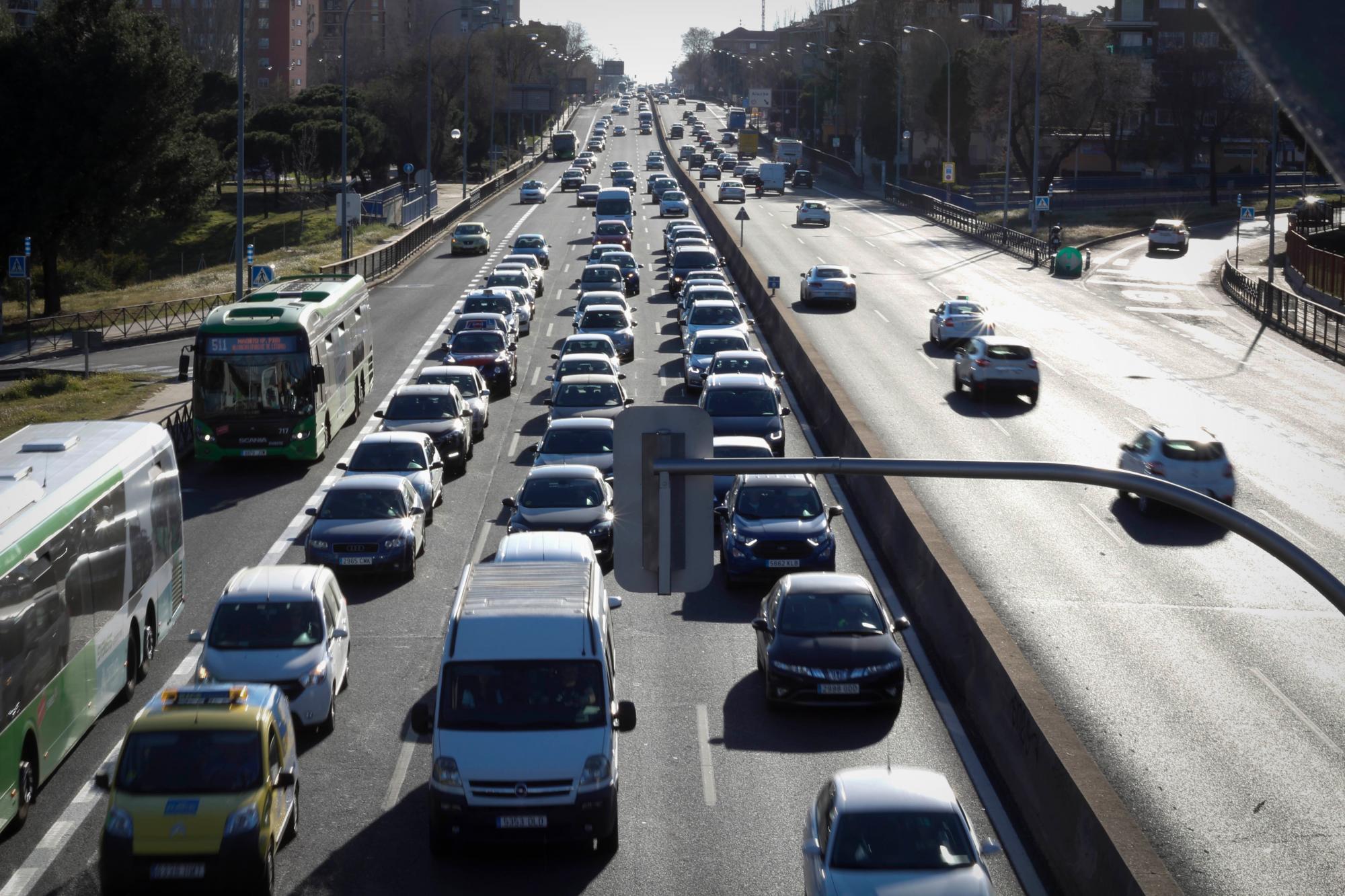 Admitido a trámite el recurso de Más Madrid contra el apagado de los semáforos de la A-5