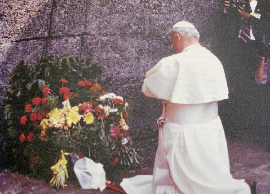 Juan Pablo II en Auschwitz