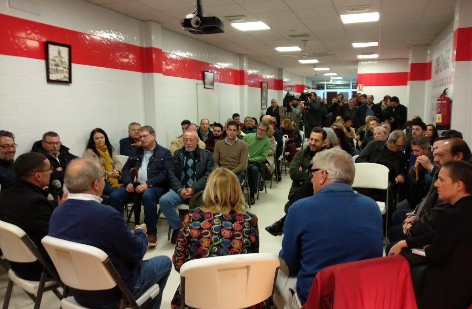 Presentación del documento en la sede del PSOE de El Viso del Alcor