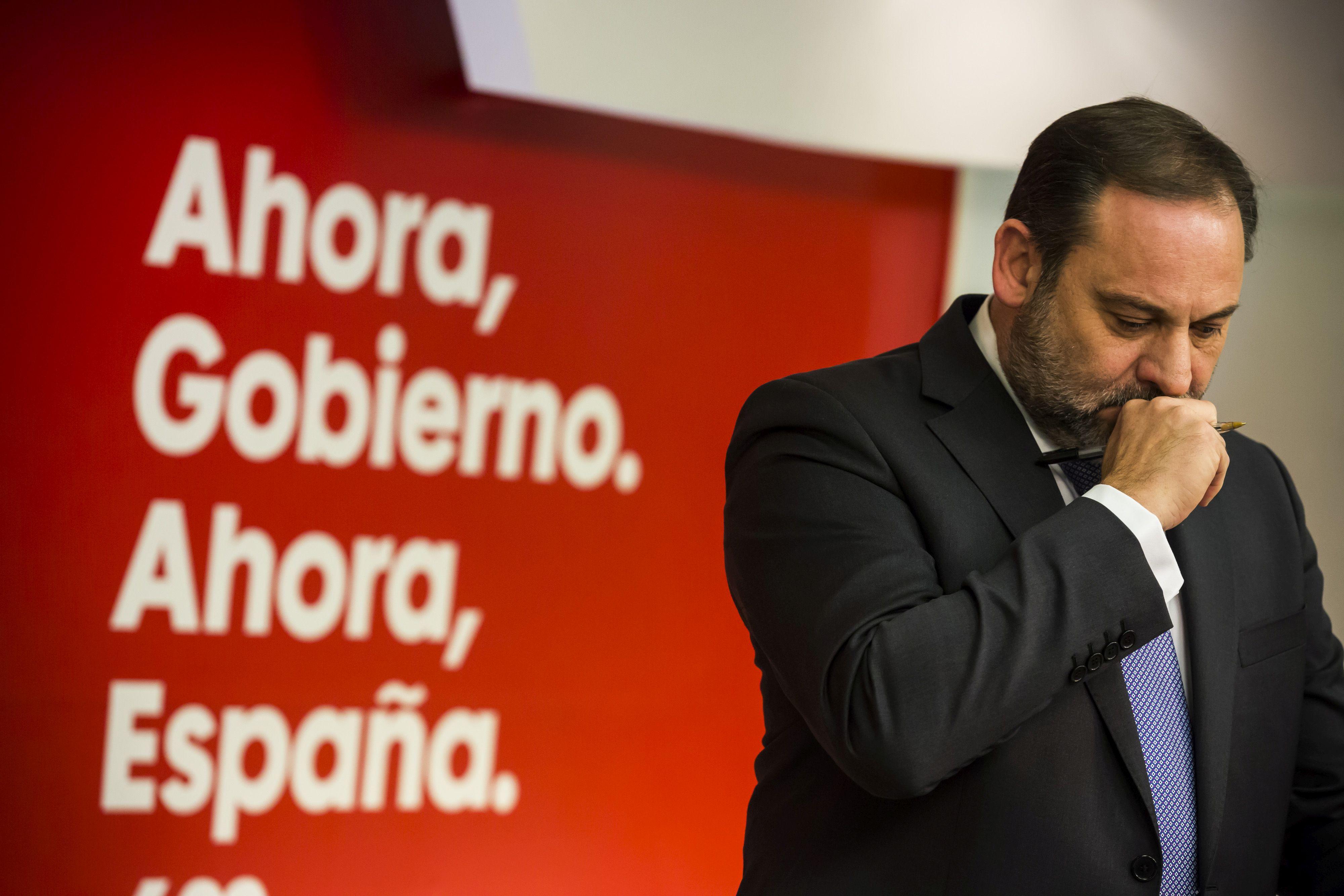 El PSOE buscará una mayoría con Podemos, Ciudadanos y los minoritarios