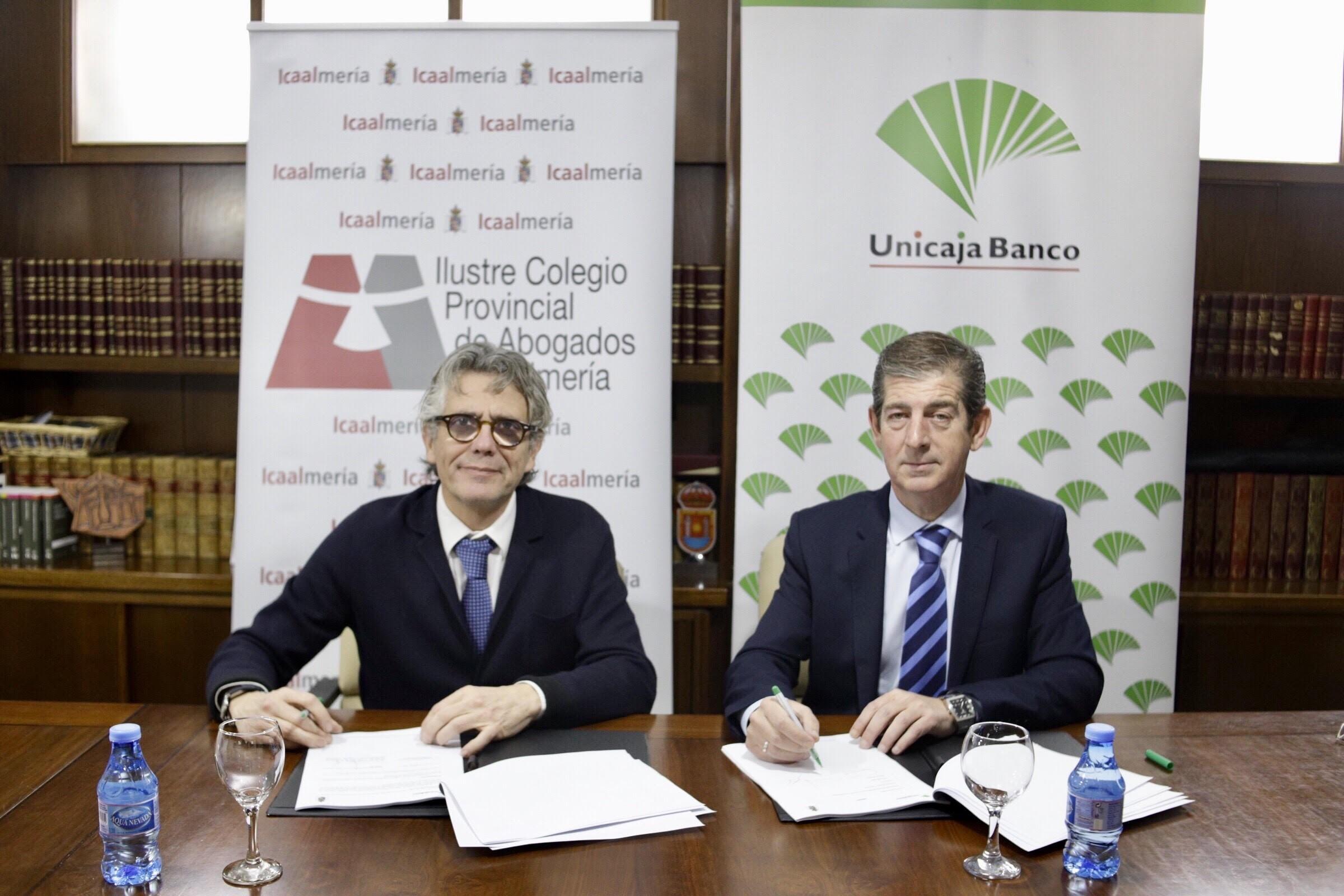 Unicaja Banco y el Colegio de Abogados de Almería renuevan su colaboración