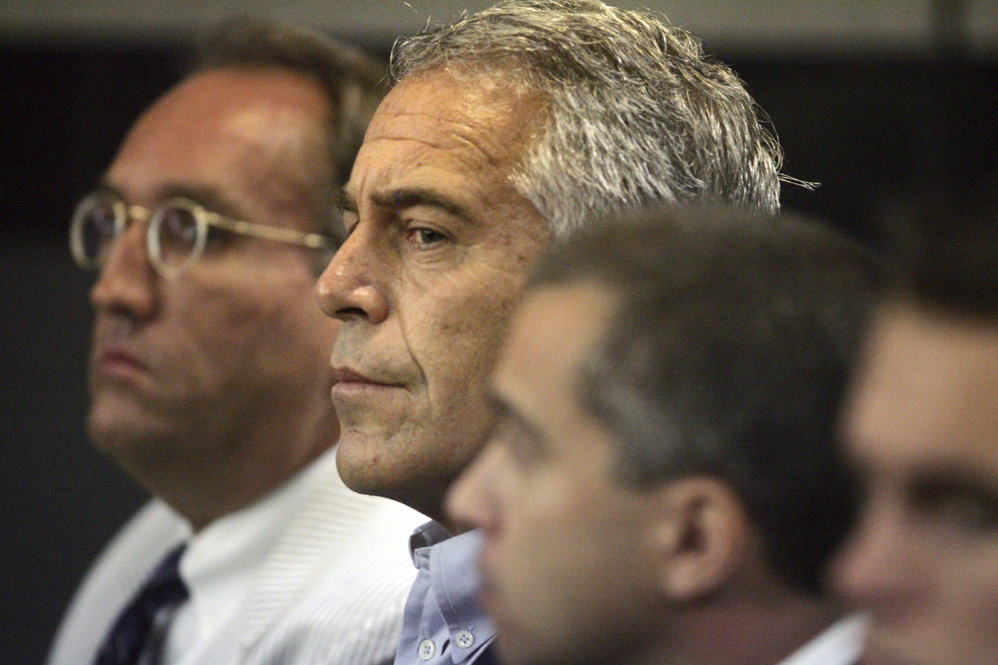 Epstein creó una red de abusos sexuales y tráfico de menores, según la Fiscalía