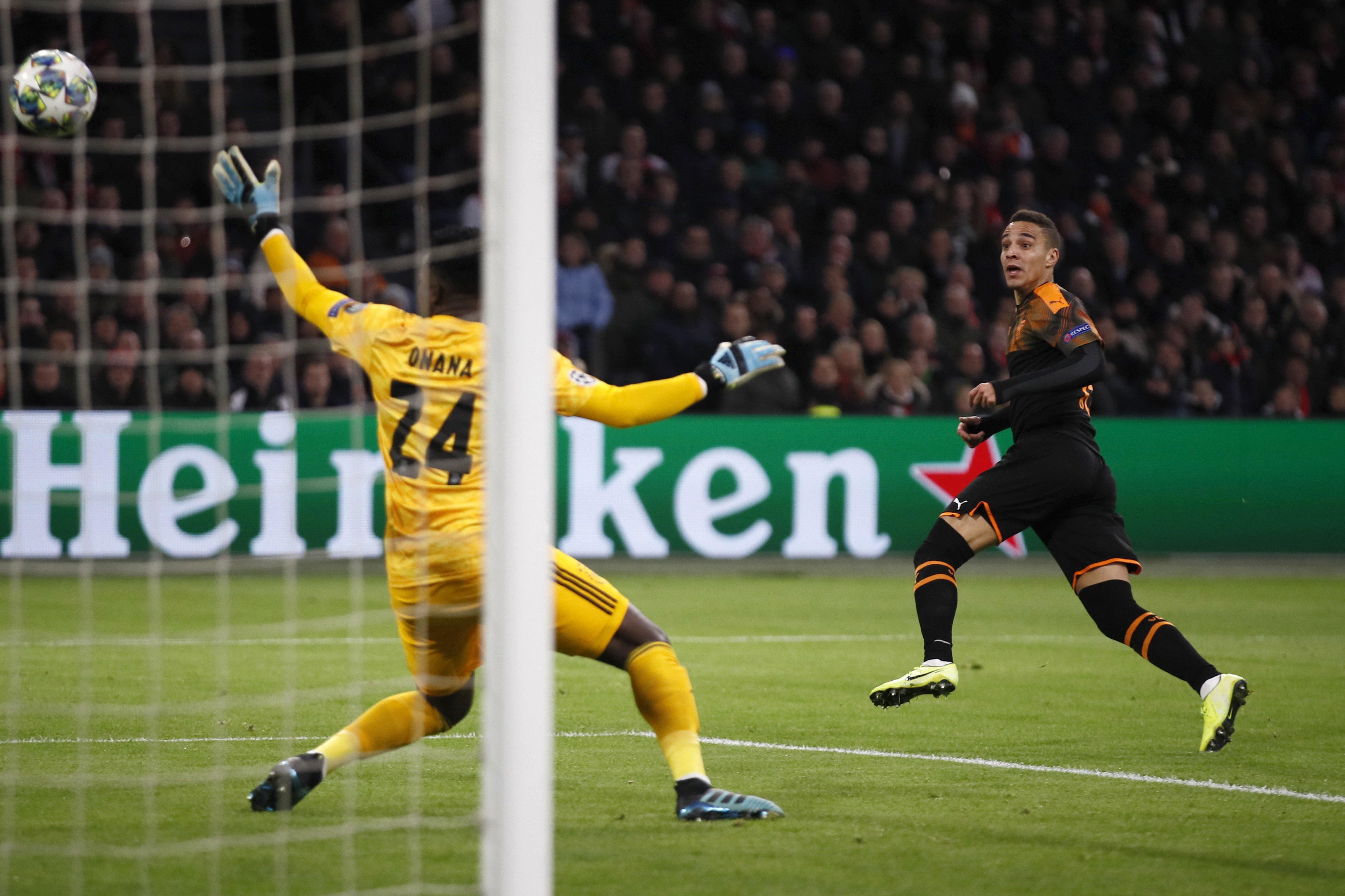 Ajax-Valencia, goal of Rodrigo