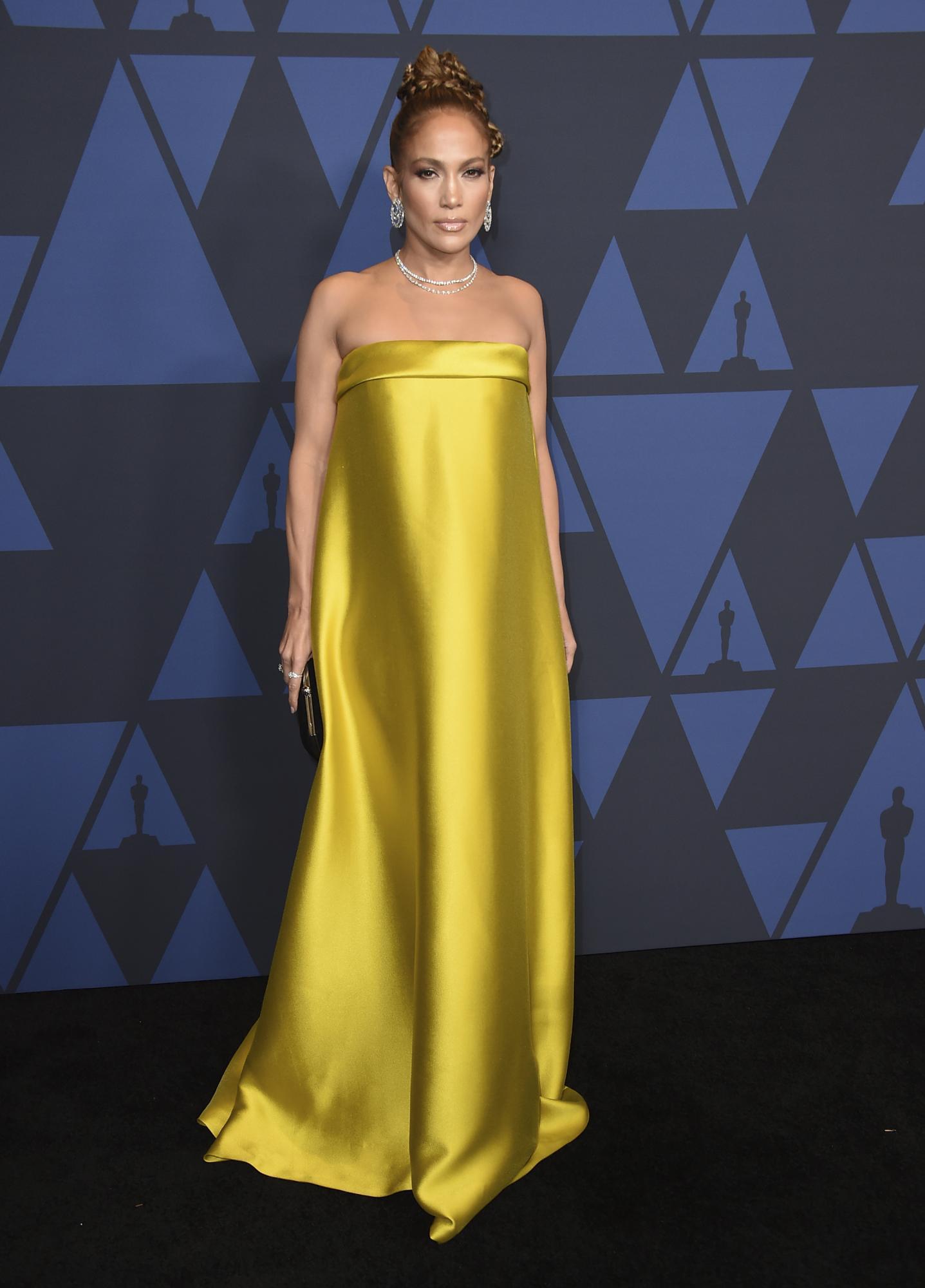 Jennifer Lopez Deslumbra En Los Governors Awards 2019 Con Un