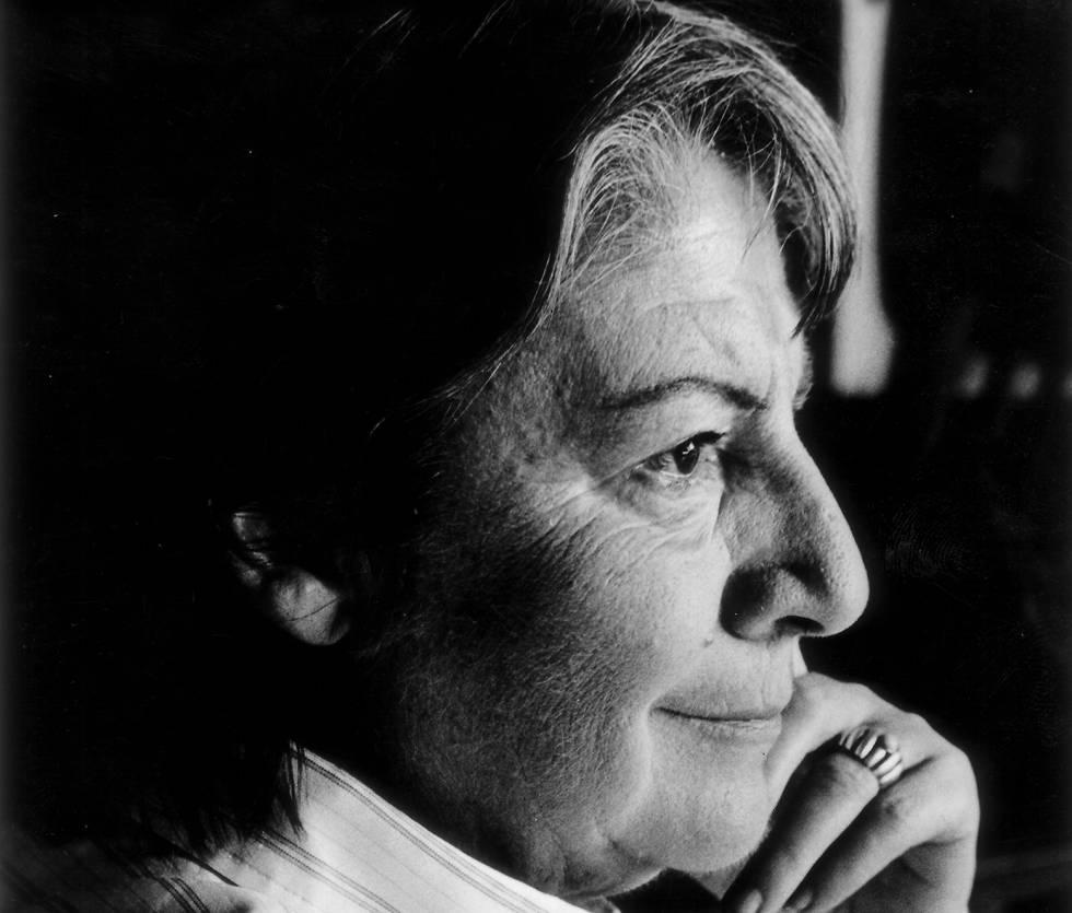 Gloria Fuertes, más allá de la niñez