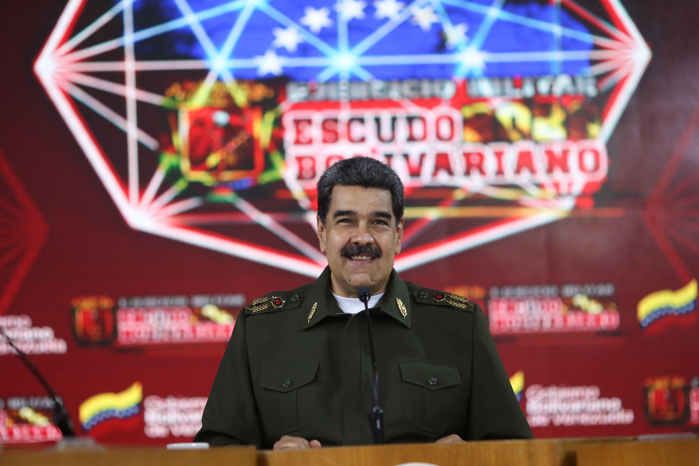 Maduro anuncia ejercicios militares permanentes y por sorpresa