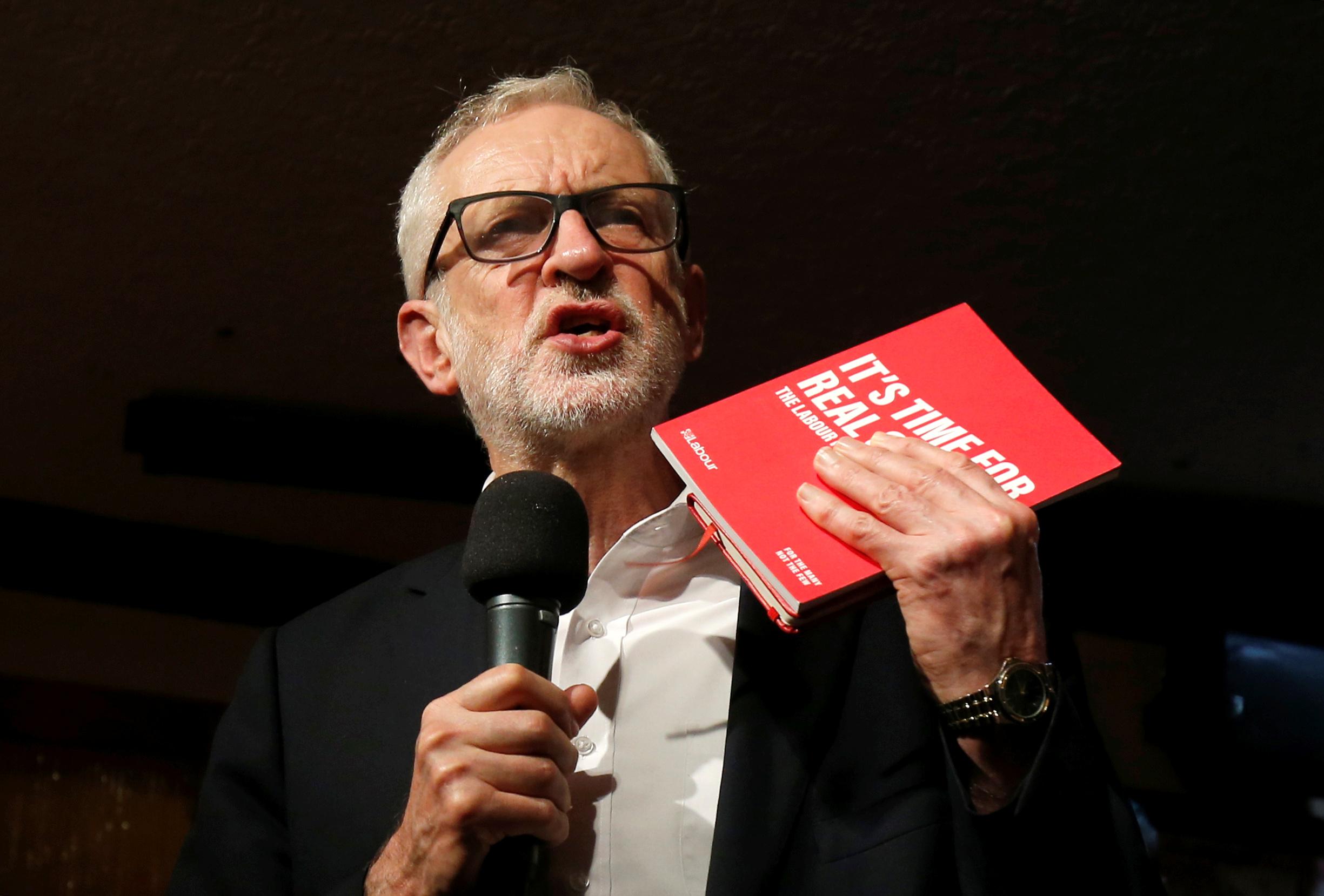 Corbyn pasa de puntillas sobre el Brexit en la campaña