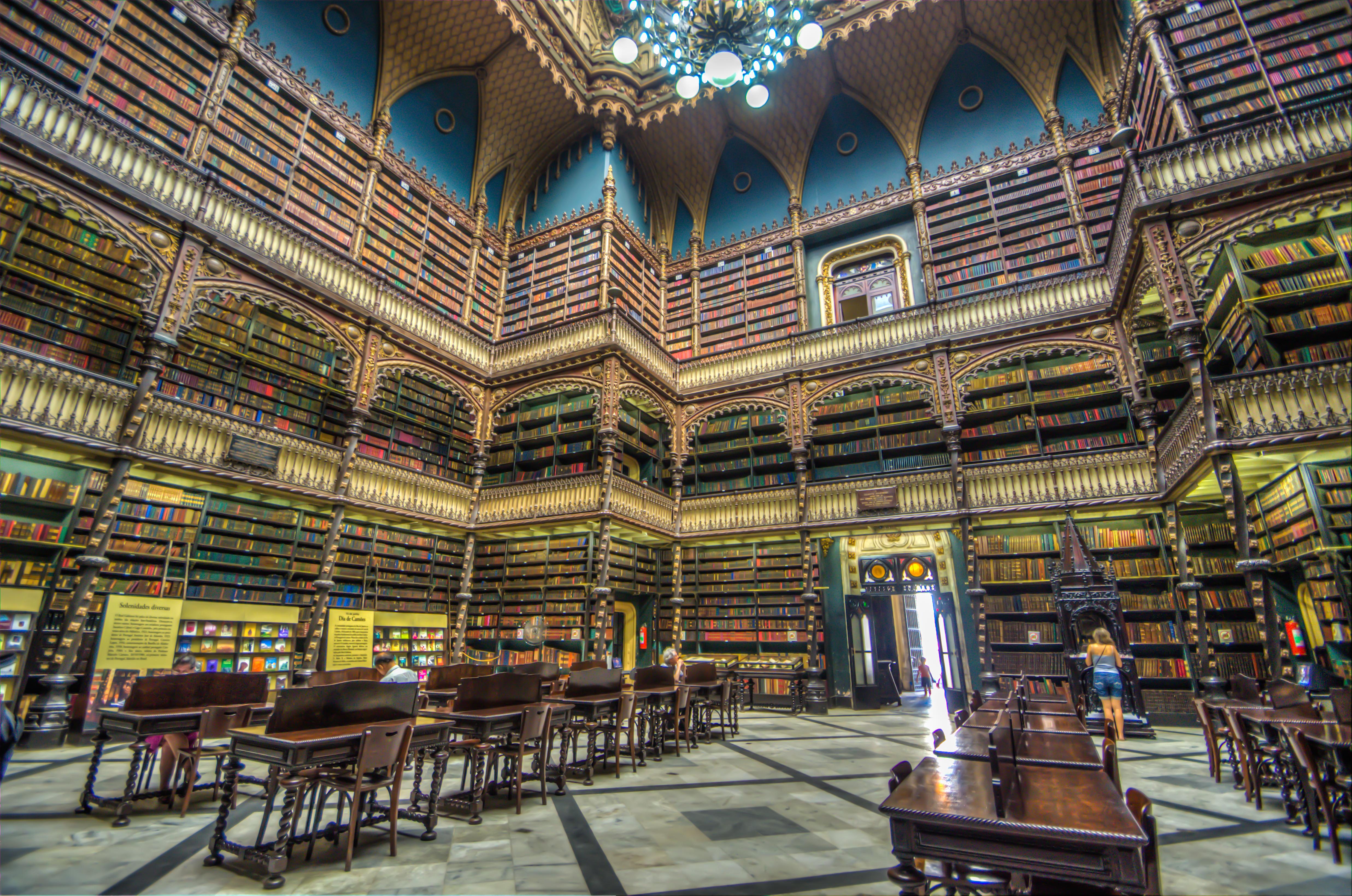 Más que un cuento sacado de una biblioteca, esta parece una biblioteca sacada de un cuento.
